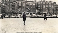 george harrison, barry schultz, beatles, live, posed, amsterdam, LA, posed, old school cool, while my guitar gently weeps