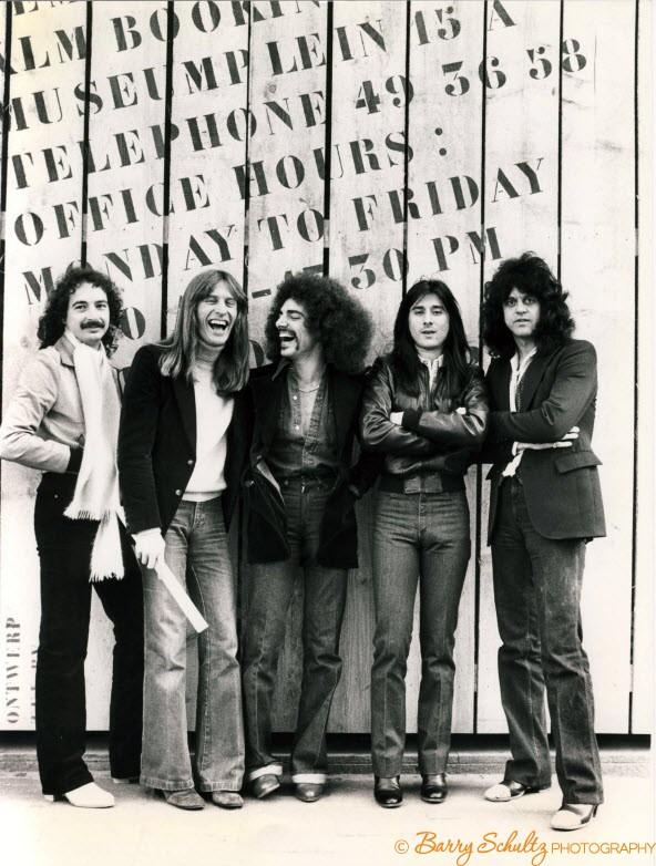 journey, barry schultz, klm, amsterdam, netherlands, holland, 1977, live, posed, leidseplein