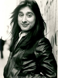 journey, barry schultz, klm, amsterdam, netherlands, holland, 1977, live, posed, leidseplein, steve perry
