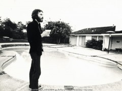 levon helm, barry schultz, the band, pool, home, candid, drinking,