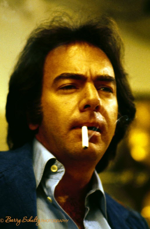 neil diamond, barry schultz, amsterdam, live, 1977, netherlands, vest, praying, smoking, cigarette, press