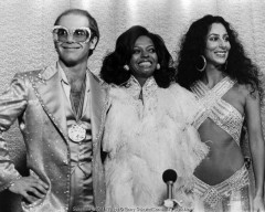 elton john, dianna ross, cher, barry schultz, rock awards show, los angeles, 1976