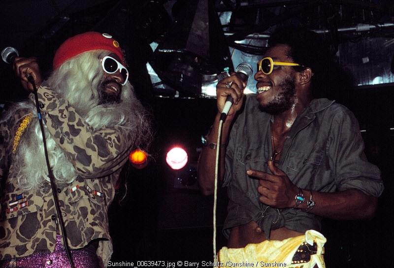 parliament, funkadelic, brides of funkenstein, barry schultz, amsterdam, jaap edenhal, 1978, december, funk, glasses, retro, backstage