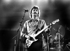 eric clapton, barry schultz, live, amsterdam, netherlands, yardbirds, cream, king, dominos, classic, legend, guitar