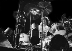 pink floyd, barry schultz, the dark side of the moon, wish you were here, animals, the wall, live, drums, guitar