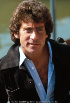 paul michael glaser, barry schultz, posed, netherlands, amsterdam, starky & hutch, david starsky, third watch, captain jack, captain jack steeper, actor, director