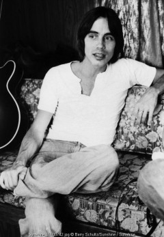 Jackson Browne, Barry Schultz, LA, Los Angeles, Anaheim, 1975, eagles, 70s, stadium, backstage
