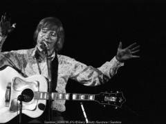 john denver, barry schultz, folk, live, take me home, rocky mountain high, sunshine on my shoulder,