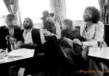 fleetwood mac, barry schultz, mick, mcvie, john, christine, lindsey buckingham, stevie nicks, legend, classic, old school cool, netherlands, amsterdam, rotterdam, rumours, 70s, 80s, candid, live