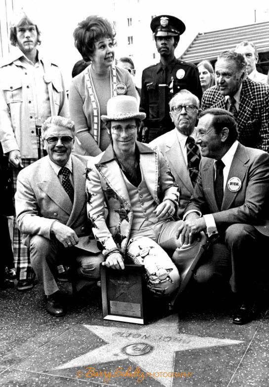 elton john, barry schultz, amsterdam, star of fame, 1975, 70s, live